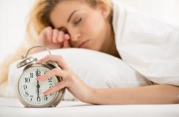 Las-mujeres-necesitan-dormir-el-doble-que-los-hombres