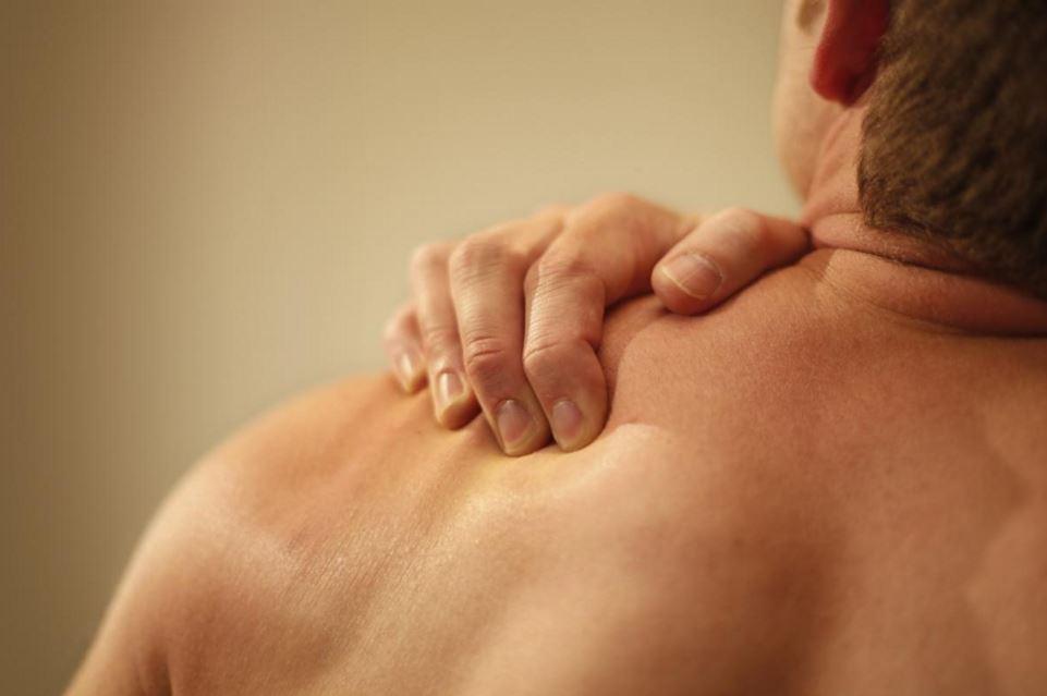 Tips-efectivos-para-quitar-el-dolor-de-hombros