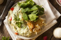 Omelete-con-espinaca-y-papa