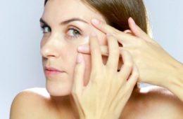 Masaje-facial-para-liberar-tensiones-y-mejorar-la-expresion